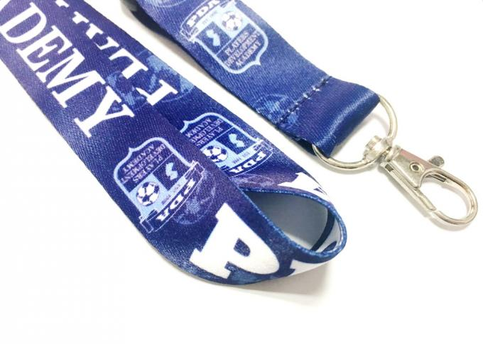Plastic Safety Buckle Metal Hook Dye Sublimated Lanyards For Soccer Group Team